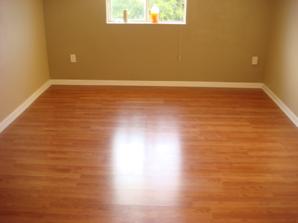 Wooden flooring installation resurfacing in phoenix for Laminate flooring contractors